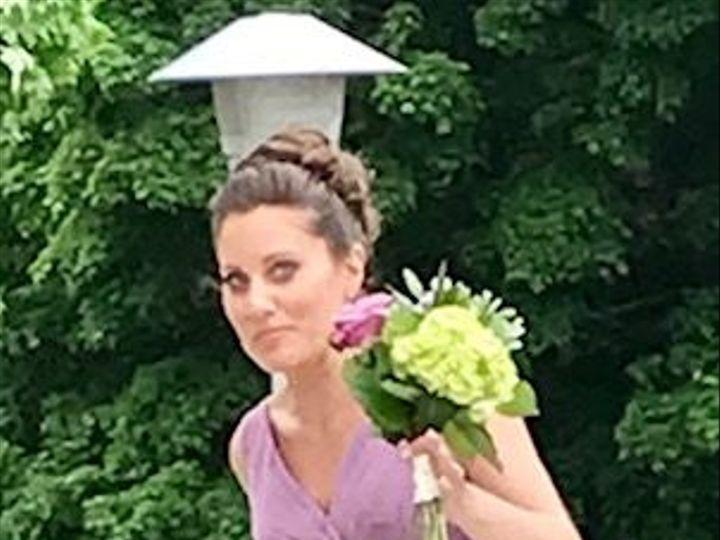 Tmx 1527620251 22bce2d1468e523a 1527620250 13b23c8719272eab 1527620249111 7 Sally Hampton, NH wedding florist