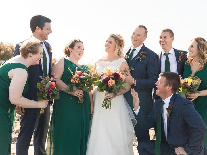 Tmx 1534277989 1c364e128968f7eb 1534277988 B01d4e753292ab68 1534277987348 8 Murphy Wedding Par Hampton, NH wedding florist