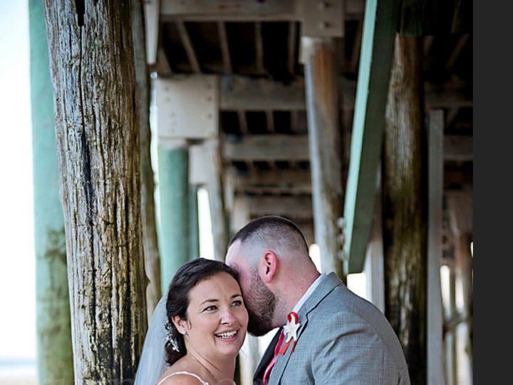 Tmx Lauragroom 51 699998 158075874495957 Hampton, NH wedding florist