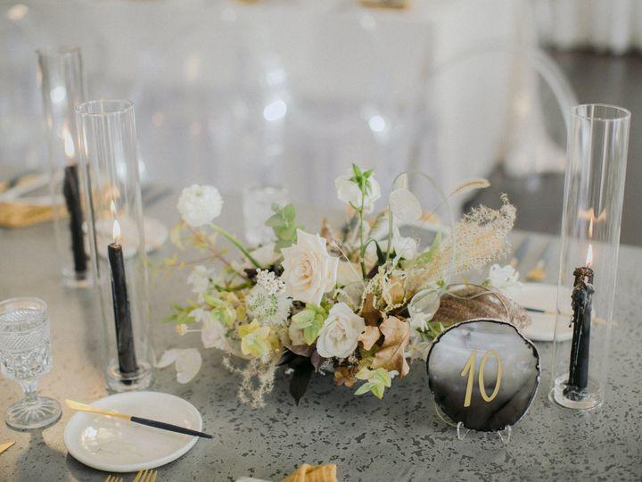 Tmx 171104 Lindsay Mat 0437 51 690009 Somerville, MA wedding florist