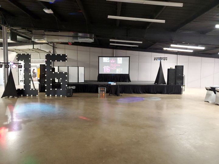 DJ Setup Sweet 16