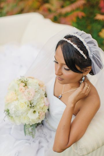 heirloom veil, redesigned. picture by Dyanna Joy Photography