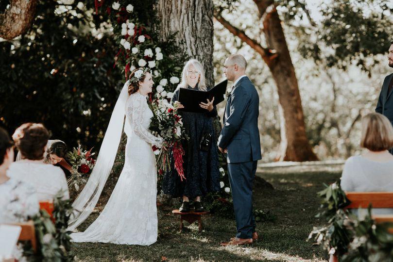 Under the tree | Kaytee Lauren Photography