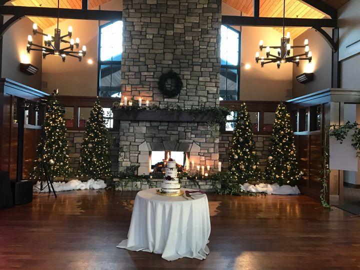 Holiday Weddings!