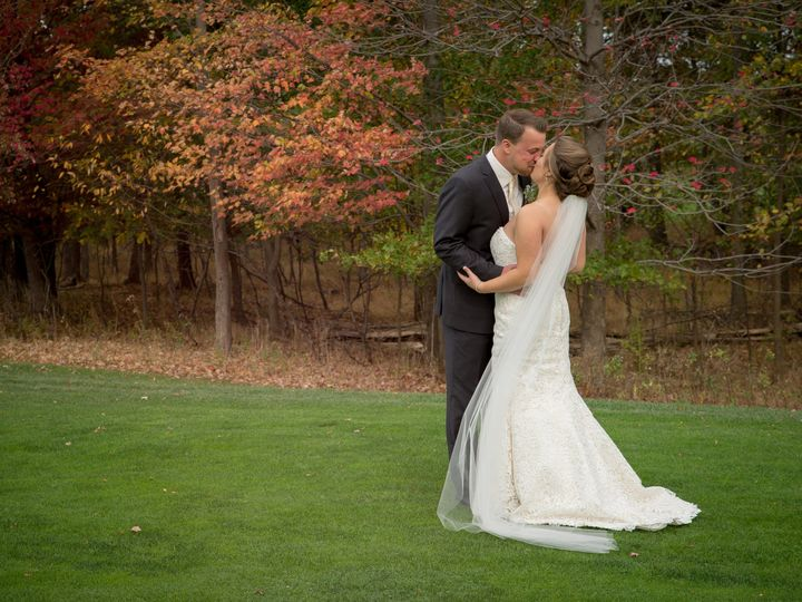 Tmx 1515345763 Be387be64ea5db9e 1515345750 5c6841d7e52bf8c4 1515345716072 5 Dayna Ryan October Cleveland, OH wedding venue