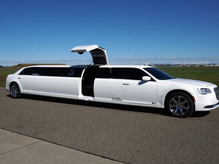 Tmx 2016 Chrysler 51 1359009 158209079658713 Sacramento, CA wedding transportation