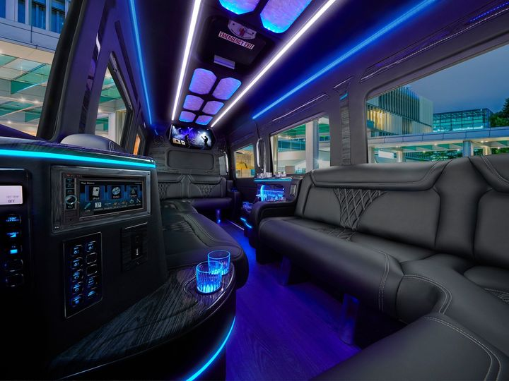 Tmx Limo 0150 V20 Low Res 51 1359009 158208956892625 Sacramento, CA wedding transportation