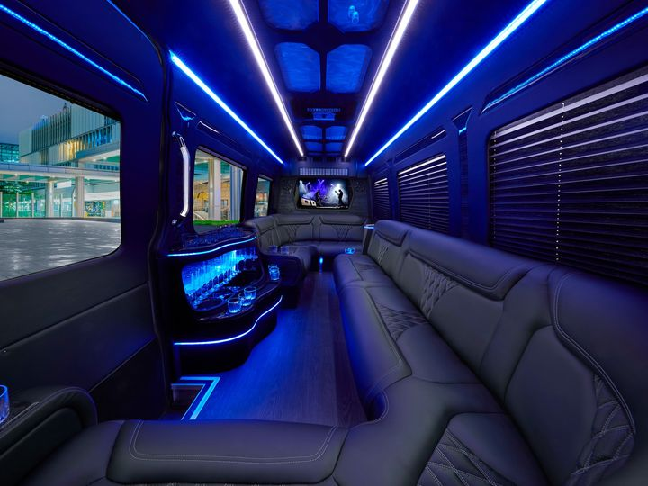 Tmx Limo 0197 V20 Low Res 51 1359009 158208957743751 Sacramento, CA wedding transportation