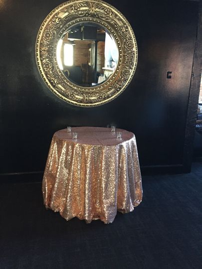 Golden table linen