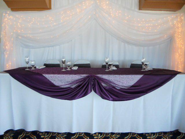 Purple table cloth