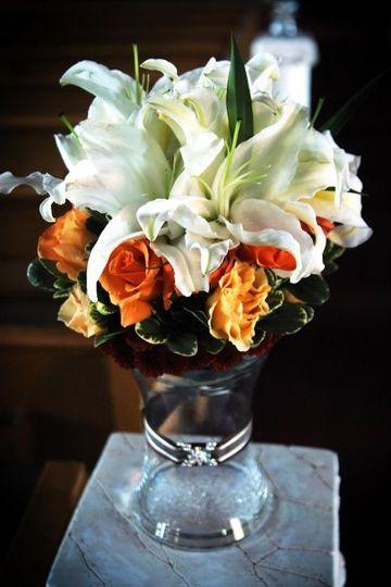 flower world wedding flowers los angeles ca weddingwire. Black Bedroom Furniture Sets. Home Design Ideas