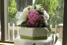 Glittering Images Cake Designs