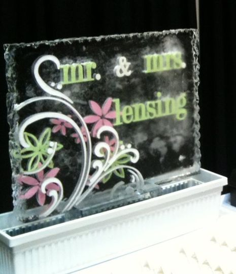 WeddingShowMarqueeCrop
