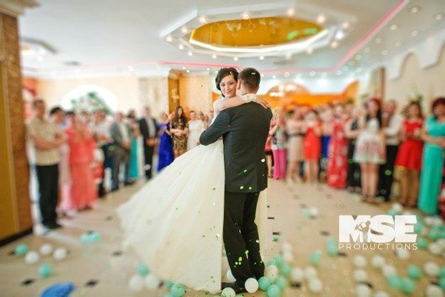 Tmx 1472500862885 Bride  Groom Dancing With Balloons Mse Productions Reston wedding ceremonymusic