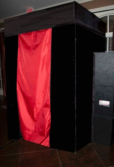 Our booths are chic and blend well with elegant events! No curtains and pipes here. - Keepsake Photo...