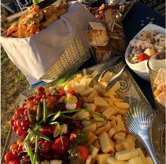 Outdoor buffet serving