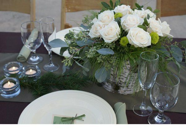 Complete Wedding Rental and Floral Packgage and set-up (table settings and centerpieces included)