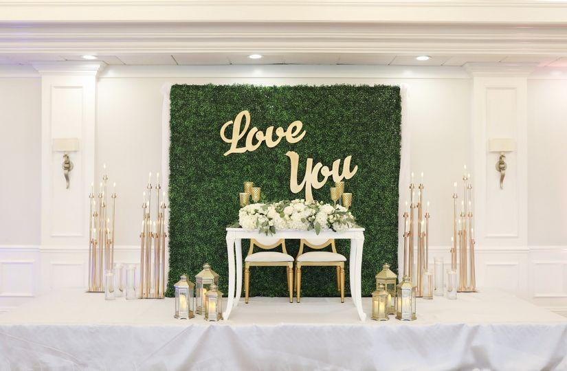 Emerald green & ivory wedding