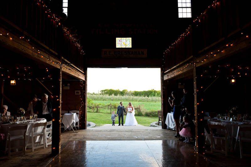 bride and groom smith barn peabody 1