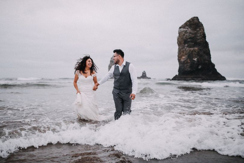 Cannon Beach Wedding Photography - Roy Nuesca Photography