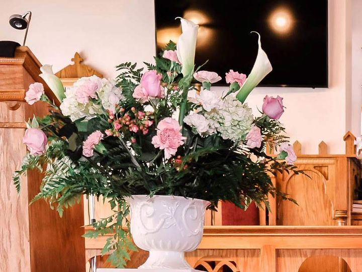 Tmx Lovely Flowers 51 1651309 162263546040127 Detroit, MI wedding planner