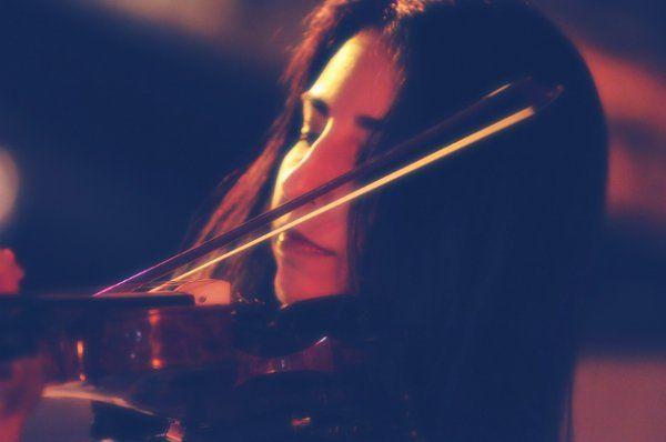 Violinist, Carol Kalvonjian-Sarlas