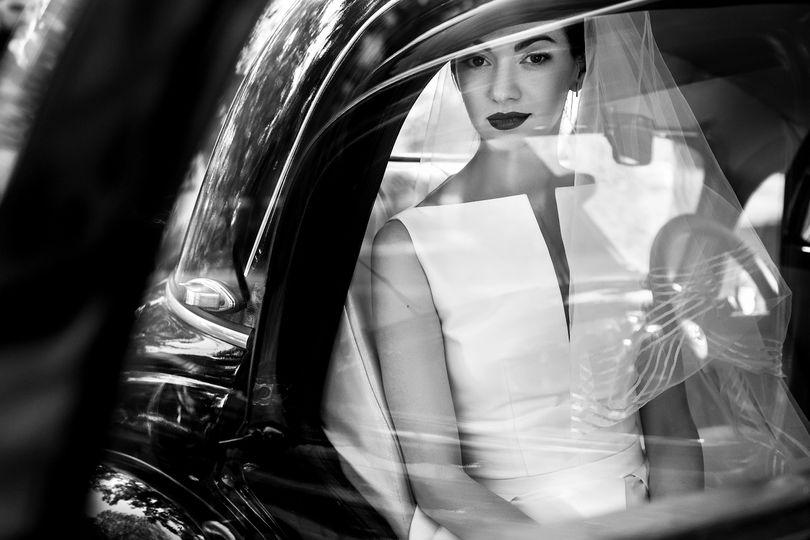 bride in car 51 765309