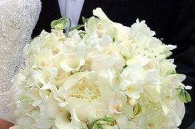 Flowers By Lynda