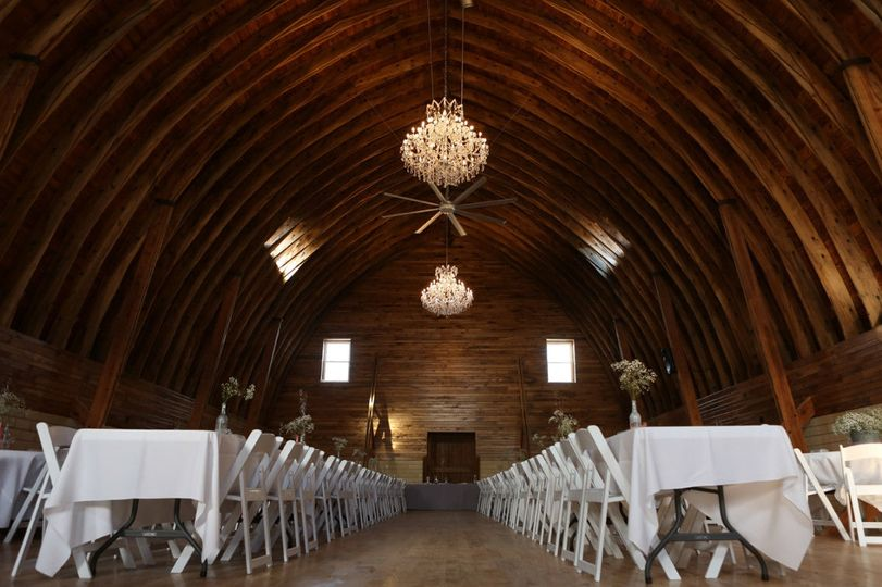 White motif wedding