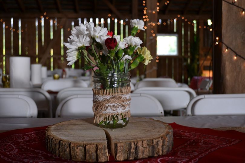 These simple and rustic centerpieces were a perfect and economical fit for this barn event!