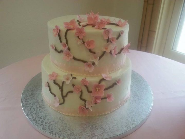 This was a cake for a wedding at The Japanese Tea Gardens. All the flowers were hand crafted with...