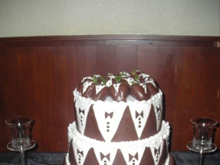 Tmx 1401338870987 Grooms Tuxed San Antonio wedding cake