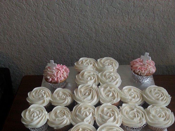 Tmx 1402721648553 Cross Cupcakes San Antonio wedding cake