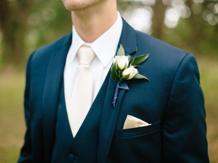 Tmx 1533310109 E7c233ca3646a8a0 1533310106 9f33a2182c89b5f6 1533310098919 8 LN R WED 383 Tampa, Florida wedding florist
