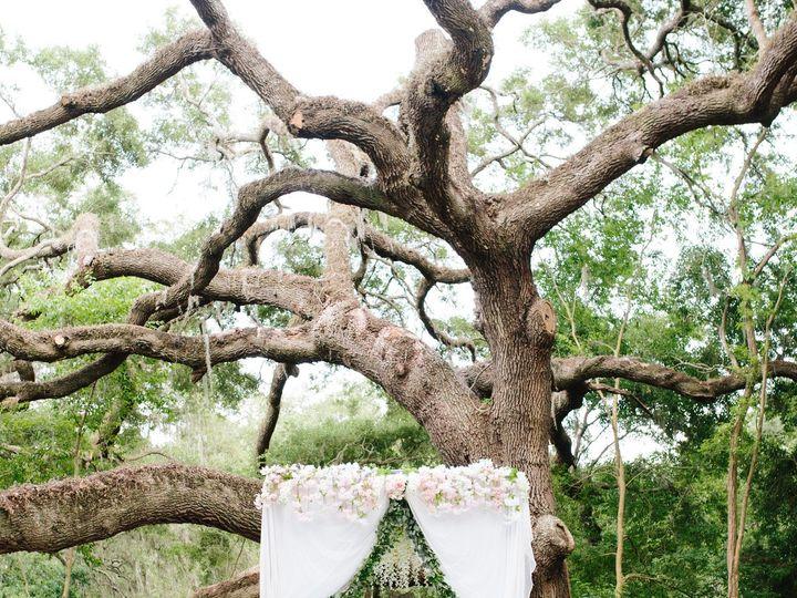 Tmx 1533310110 E06263ce9d8fcc7a 1533310106 6a0c280d16b17ba1 1533310098922 9 LN R WED 533 Tampa, Florida wedding florist