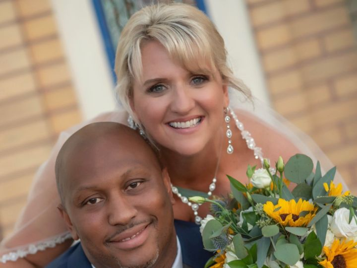 Tmx Img 6757 51 160409 157849770879572 Tampa, Florida wedding florist