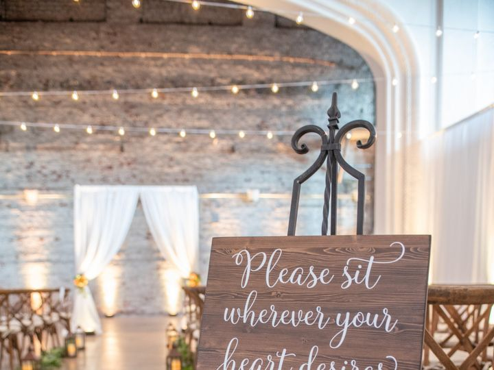 Tmx Julie Chris C24 Wedding 147 51 160409 157849771647707 Tampa, Florida wedding florist