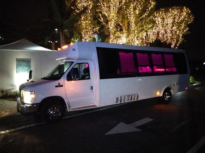 20 Passengers Party Bus