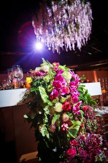 Headtable draping floral