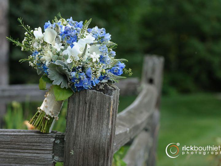Tmx 1516127993 1191ef2215383b7b 1516127991 A5b4717b314f0af9 1516127991666 5 Rourke Wedding 200 Londonderry, New Hampshire wedding florist