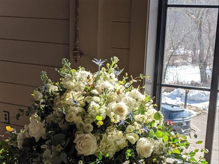 Tmx Img 20200222 101859 51 431409 158514467764211 Londonderry, New Hampshire wedding florist
