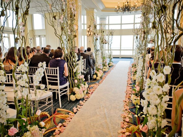Tmx Sk 188 X3 51 431409 158514097031170 Londonderry, New Hampshire wedding florist