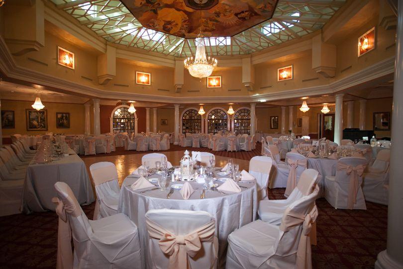 Table setting and blush ribbons