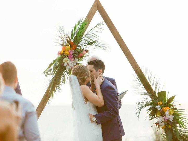 Tmx 1524393945 5ef34a739d855262 1524393943 6b4d8b562b8ee168 1524393941266 4 Jardin Floral Desi Naples, FL wedding florist