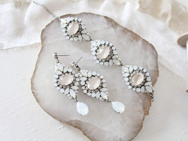 Tmx White Opal Vintage Style Earrings And Bracelet 3000x2000 51 204409 158446297839571 Allentown, PA wedding jewelry