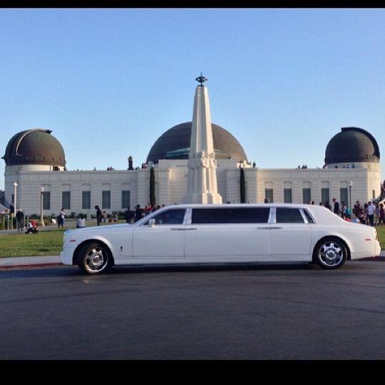 Rolls Royce Phantom 6-passanger limo.