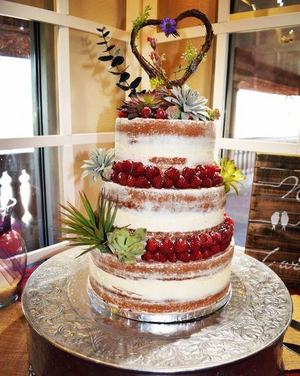 Stunning rustic cake