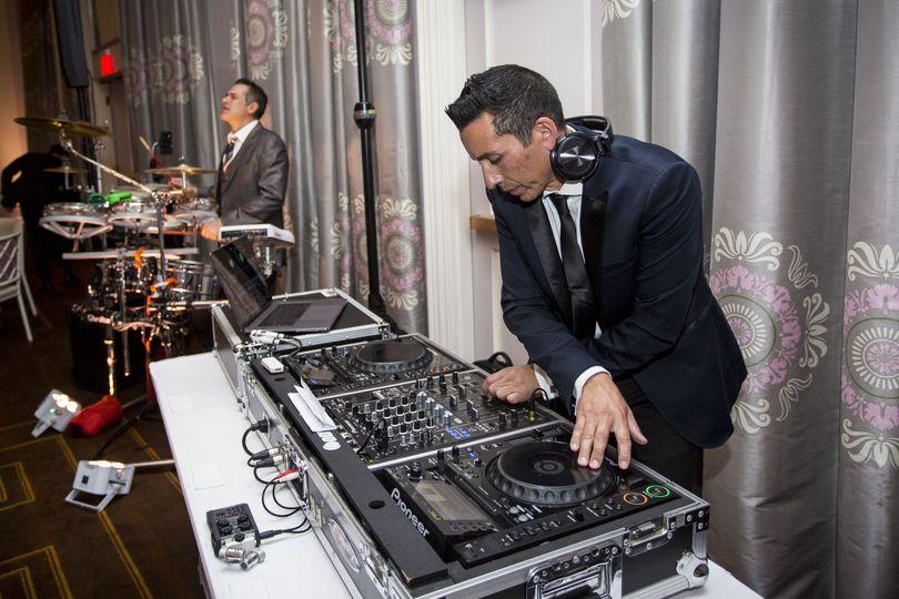 DJ - Drummer Live Fusion
