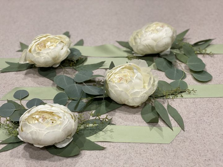 Corsage - by PE