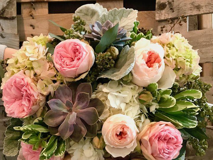 Tmx Img 8684 51 1798409 158568985234570 Saint Peter, MN wedding florist